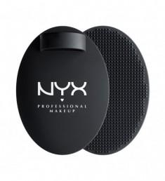 NYX PROFESSIONAL MAKEUP Коврик для очищения кистей On The Spot Brush Cleansing Pad 01